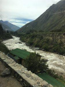Zugfahrt mit PeruRail nach Aguas Calientes